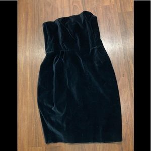 Club Monaco black velvety strapless dress size 10